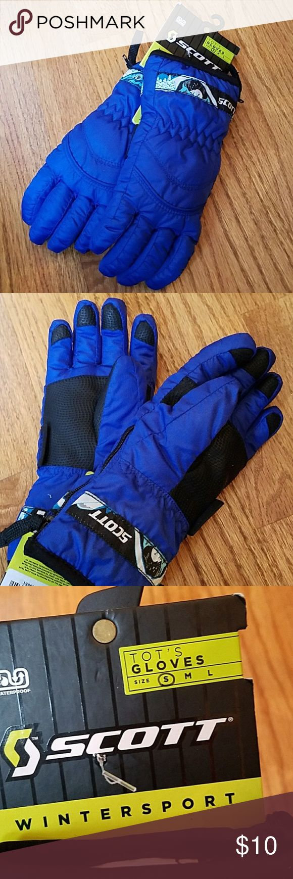 Toddler winter gloves Toddler winter snow gloves. Scott brand halfpint glove. Waterproof and super warm. Soft interior. Side zip for easy on and off. Brand new! Size tot small, one to two years old. scott Accessories Mittens