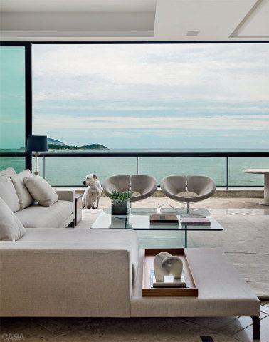 Confira as quatro dicas de ouro da designer americana Courtney Trump para criar um lar minimalista repleto de aconchego e personalidade
