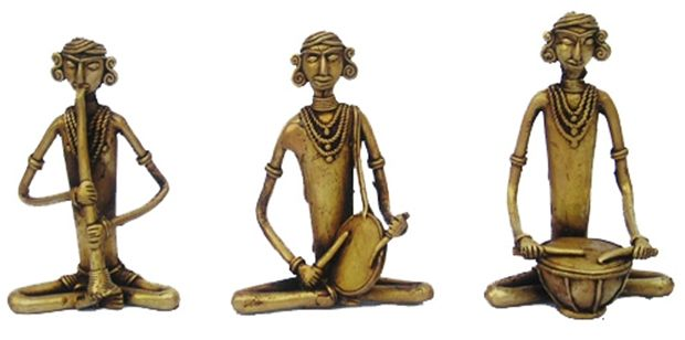An array of #Dhokra craft, art, statue and figurines made using the age-old cire perdue process. #Shop here...		 http://goo.gl/jbb9Wa