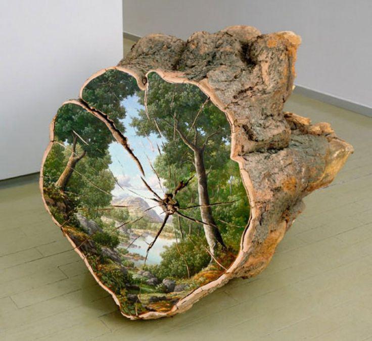 Paisajes pintados sobre troncos caídos nos recuerdan que hemos de respetar la Naturaleza