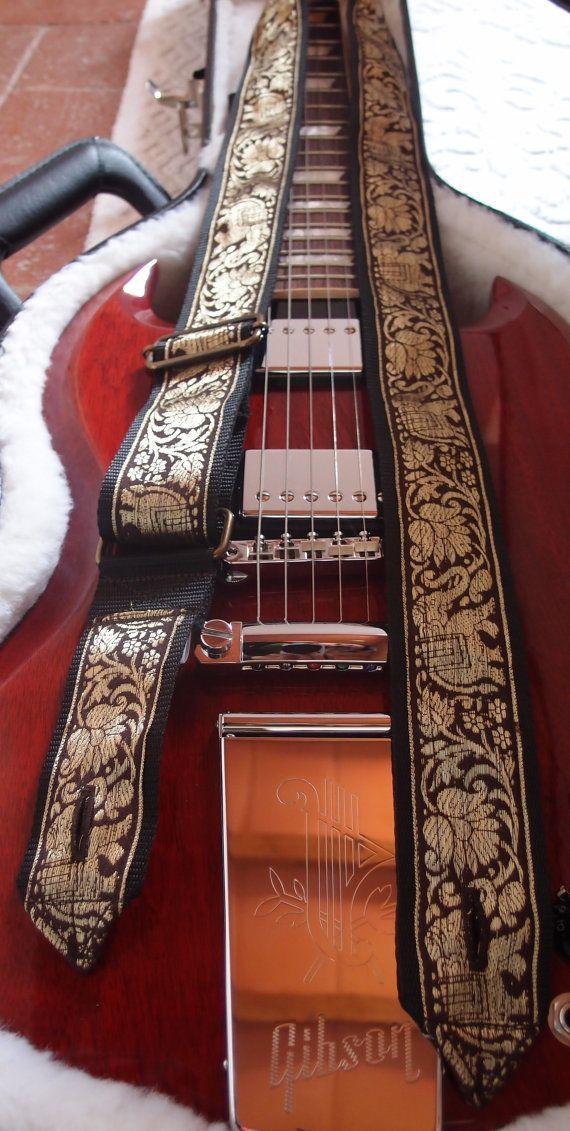 Guitar Strap  Tracolla per chitarra  fatta a mano  di EliCreates