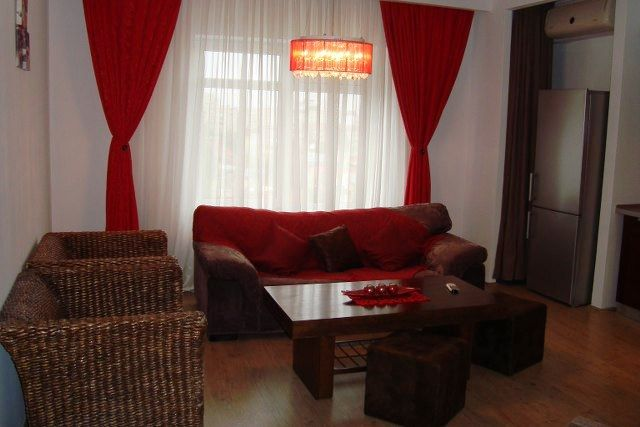 Uniriispre Alba Iulia, garsoniera tip studio, lux, cam de zi si dormitor separat, mobilat, utilat complet, finisaje de calitate, parchet, gresie, faianta, termopan, AC, constuctie 2009, suprafata ...
