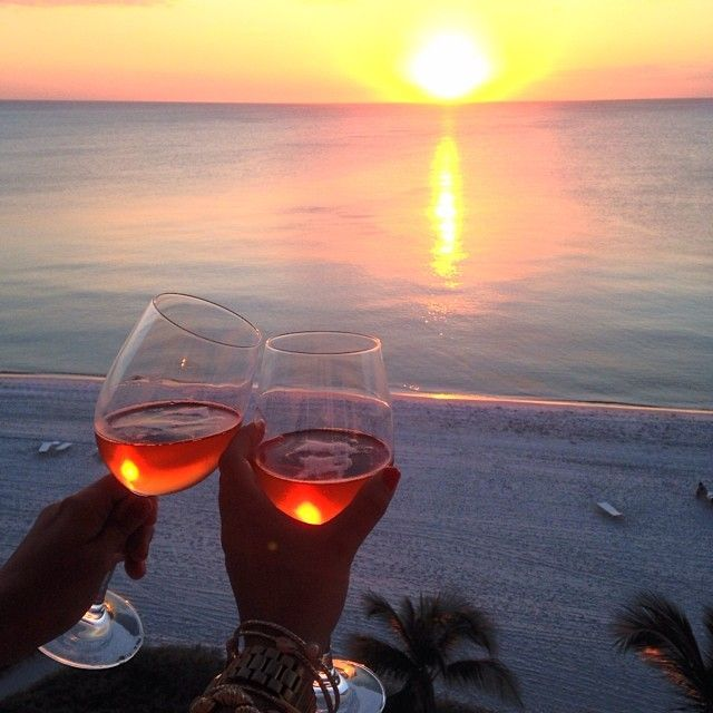 Beach Champagne: Sunset Brought To You By #Moët Via @Lilly Pulitzer