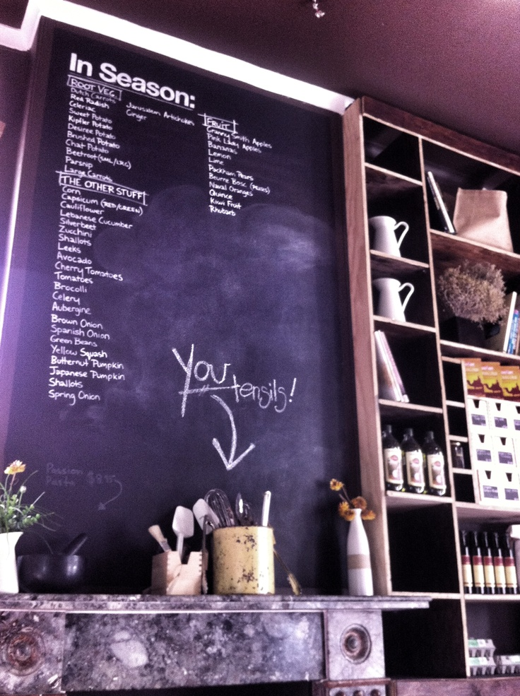 Youeni Provides: All fresh ingredients. All sourced locally. Enjoy a tailored coffee and food experience in a french-inspired atmosphere. Voted one of the best eats in Sydney in 2011 and located at 379B South Dowling Street.