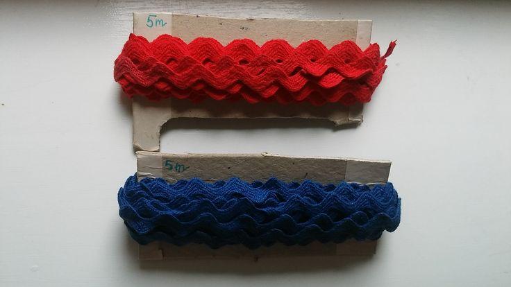 Szélesebb pamut farkasfog kék és piros színekben 5 m - 375 Ft 10 m - 750 Ft Csomagajánlatban 20 m - 1300 Ft kedvezményes áron