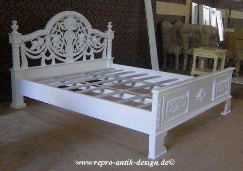 barock bett 180 cm antik louis xv weiss barockbett massiv. Black Bedroom Furniture Sets. Home Design Ideas