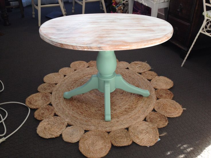 Beachy coffee table. $50