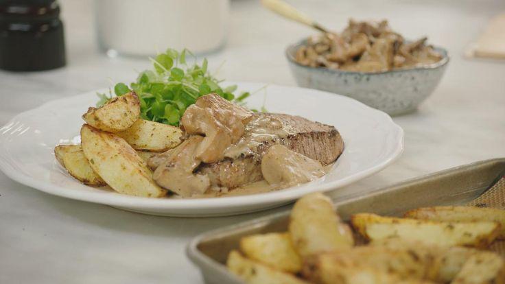 Steak met wilde boschampignonsaus, aardappelwedges en waterkers | Dagelijkse kost