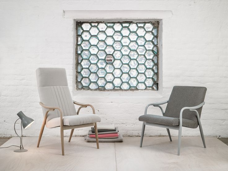 Bruxelles armchairs. Available in two different styles.