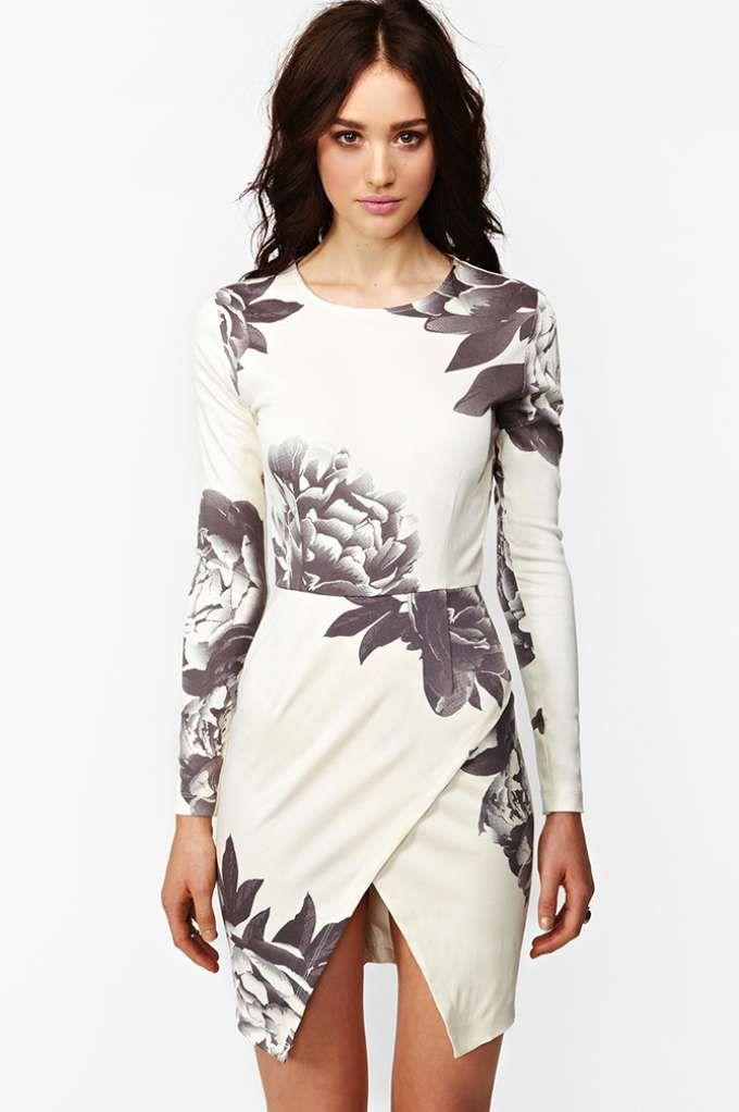 Madison Dress - Dark Bloom - NastyGal