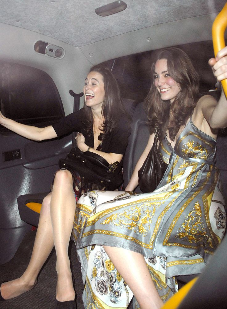 Katherine Hooker Talks Kate Middleton & Dressing Celebrities (PHOTOS)