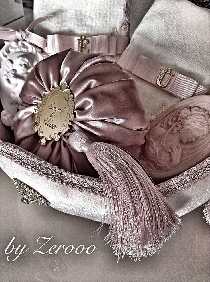 Elegant wrapping....silk covered soaps with gold tab and tassel...lavender...
