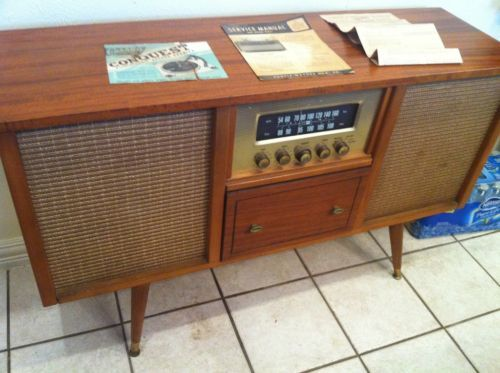 Curtis Mathes Stereo with turntabale and radio