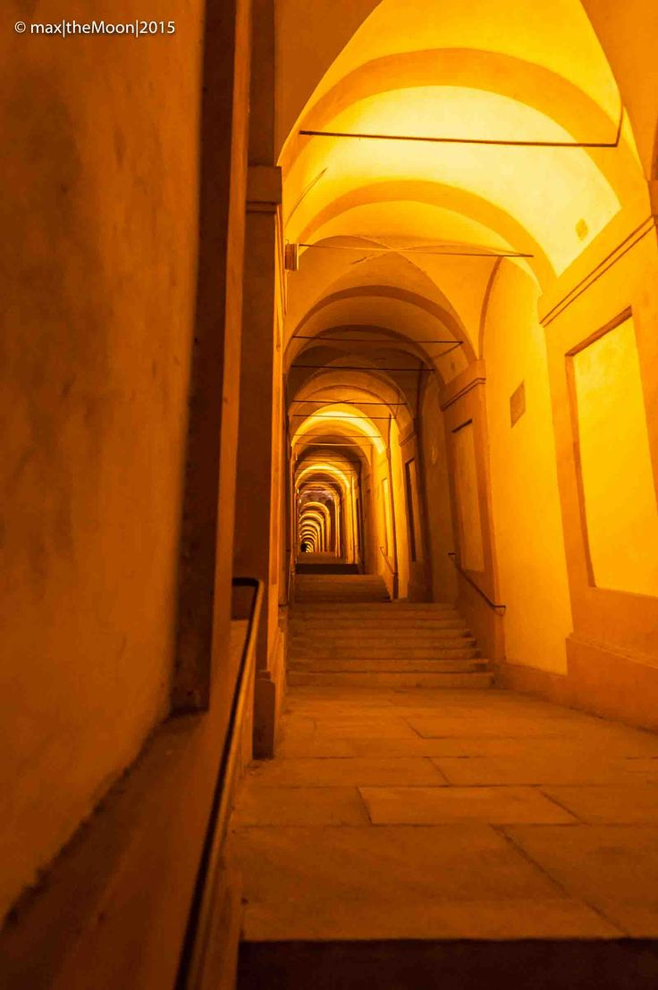 Le profondità di San Luca  #bologna   #sanluca   #night   #goodnight   #italy   #step   #santuariodellamadonnadisanluca