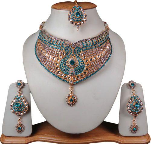 indisch-Trendschmuck-Herzchen-Halsketten-Ohrring-Stirnschmuck-Sets-Turkis-Farbe