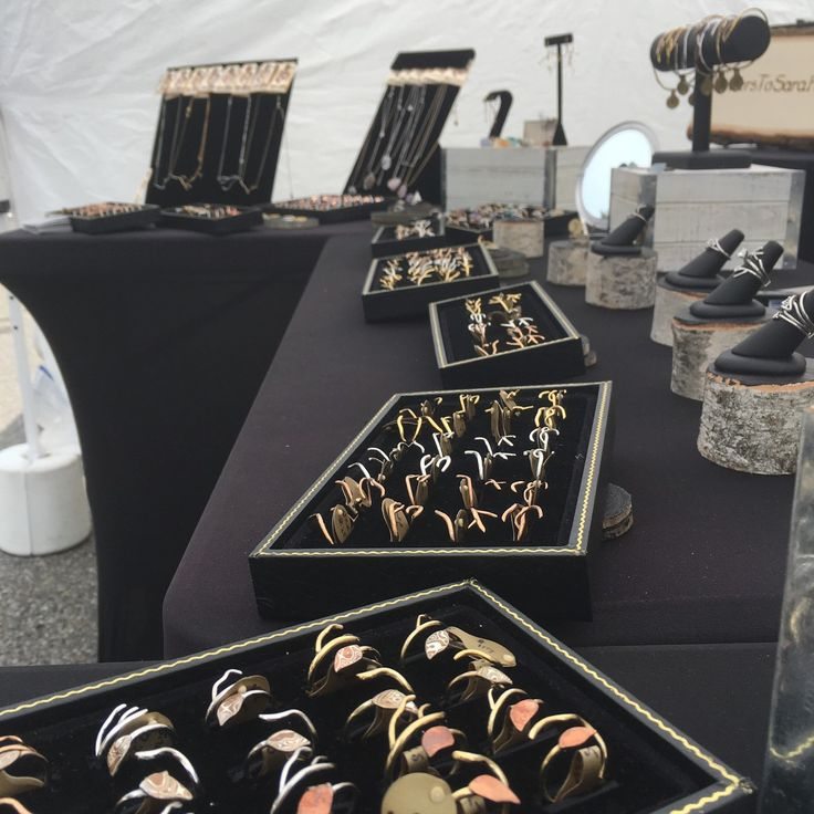 Another gorgeous day at the Ann Arbor Art Fair! Come to booth 5060 on Williams St to check out the full LTS Collection #annarborartfair #annarbor #annarborartist #statestreetartfair #letterstosarahmetalsmithing #letterstosarah #lts #rings #nature