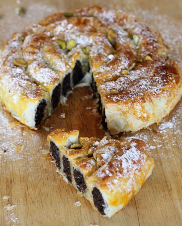 moroccan food recipes dessert | SNAKE PASTRY WITH FIG, ALMOND PASTE AND LEMON ZEST from New School of ...