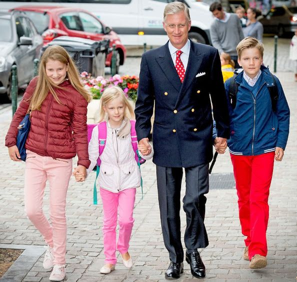 King Philippe of Belgium arrives with his children Crown Princess Elisabeth, Princess Eleonore and Prince Gabriel for their first day of school at the Sint-Jan-Berchmans college in Brussels on September 1, 2015.
