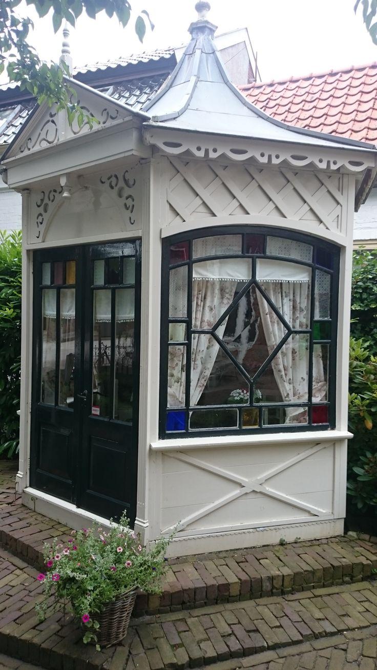 Prieeltje  Little garden house
