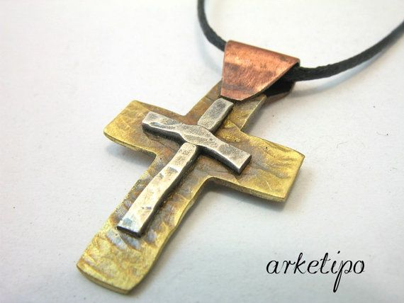 Handmade hammered Cross Necklace of sterling by Arketipo on Etsy, €35.00                                                 baixar videos do youtube http://www.thesterlingsilver.com/product/hallmarked-925-sterling-silver-mens-signet-ring/