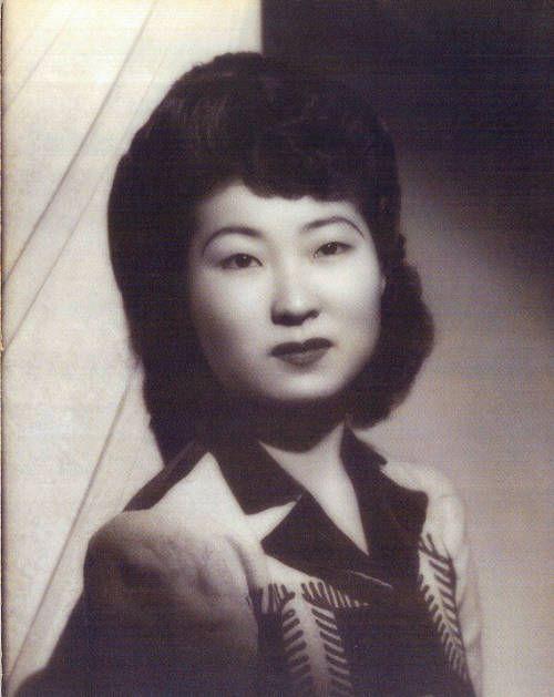 Rose Lee. http://digitallibrary.usc.edu/cdm/ref/collection/p15799coll126/id/14598