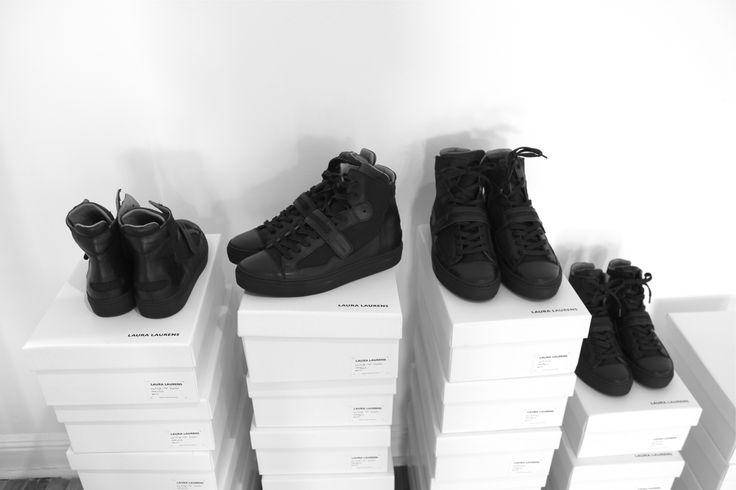 Black / High top  Laura Laurens sneakers
