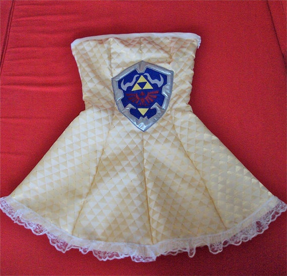 RESERVED ITEM for Emily Wells Legend Of Zelda Fangirl strapless dress Size XS Ready to ship - Excited for this!!: Gamer Fashion, Triforc Dresses, Future Daughters, Legends Of Zelda, Geek Fashion, Geek Awesome, Zelda Dresses, Awesome Stuff, Geeky Stuff