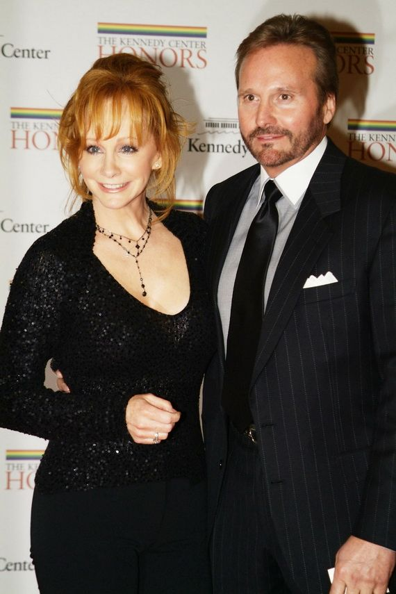 104 best images about reba mcentire on pinterest sweet for Who is reba mcentire married to now