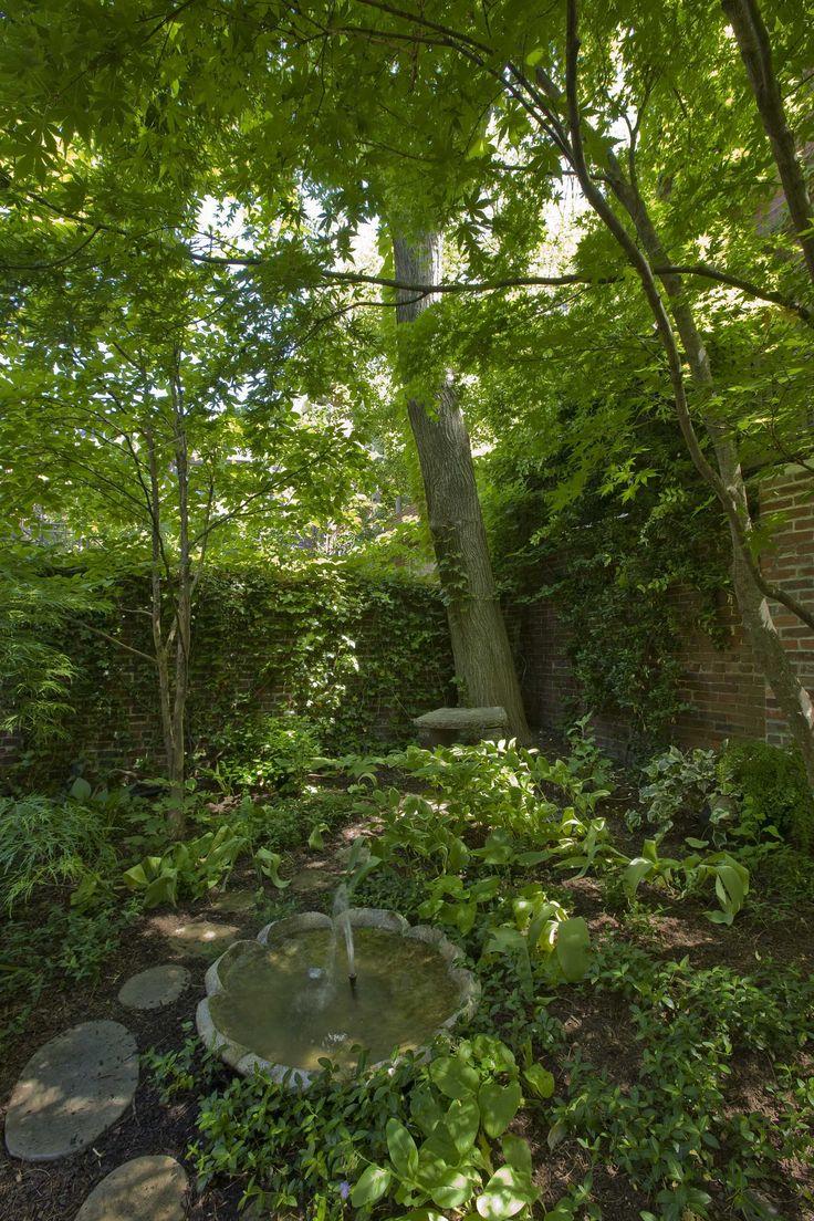 Best 25+ Hill Garden Ideas On Pinterest