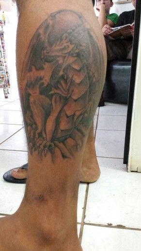 Dragão medieval tattoo preto e cinza tattoo Dragão ocidental tattoo