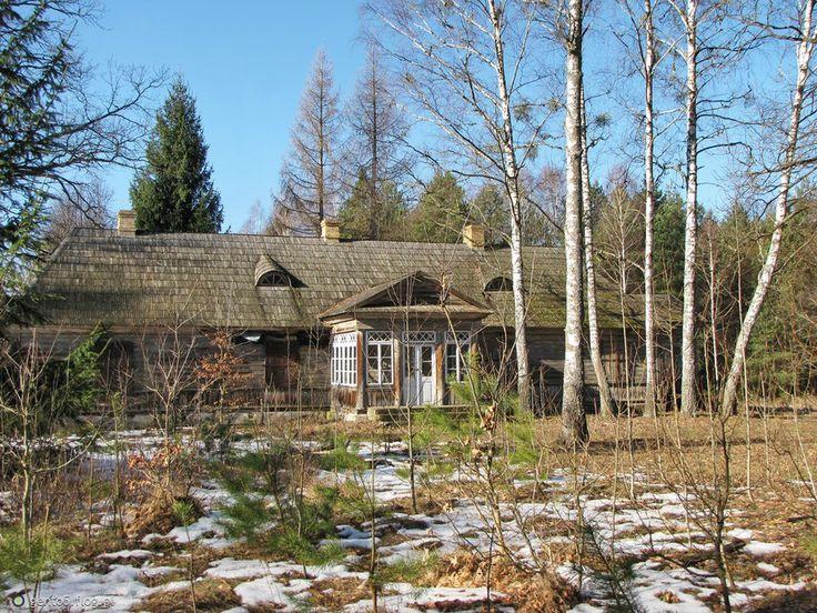 Fotoblog gento5.flog.pl. - Dworek w Jodłówce- Podlasie. Drewniany dwór z roku 1901 wybudowany  w Jodłówce przez Samuela Bernarda Wołyncewicza, położony w gł...