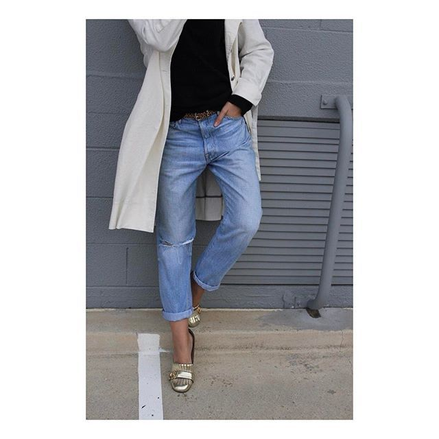 In a week of fashion craziness, keeping it simple feels just fine 🙌🏻🙏🏻 #denimxheelscreative ⠀⠀⠀  .⠀⠀⠀  .⠀⠀⠀  .⠀⠀  .⠀⠀⠀  .⠀⠀⠀  #fashion#stylist#me#instafashion#instastyle#fashiongram#mode#styleguide#editorial#fashionconsultant#creative#australianfashion#australianstyle#fashiondiaries#style#fashioninfluencer#mystyle#ootd#winterstyle#stylediaries#denim#casualstyle#cashmere#marcjacobs#framedenim#trenchcoat#seedheritage#frommycloset
