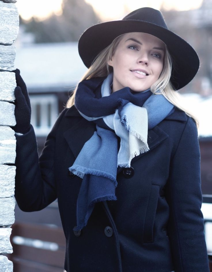 Balmuir cashmere & silk blend scarf. Milan shaded in colour: Midnight / Baby blue
