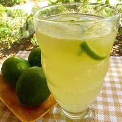 Photo recette : Limonade au citron vert et au miel
