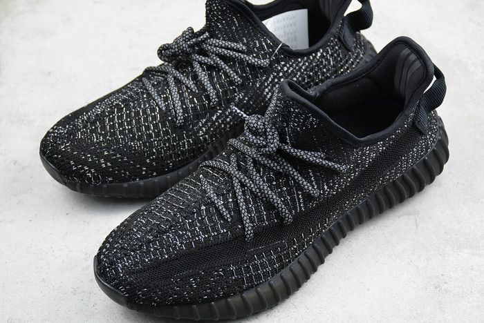 huge selection of d1f2d 67559 New adidas Yeezy Boost 350 V2 Static Refective EF2368 | 2018 ...