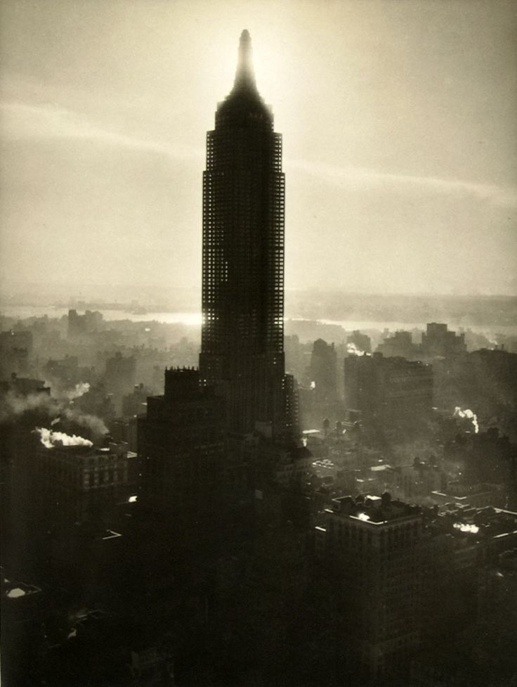 Empire State Building ...