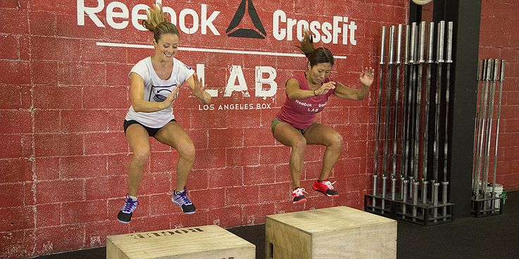 Step into a CrossFit gym anywhere, and you're bound see people doing box jumps. Watchingsomeone jump on and off a high box quickly is intimidating, but it doesn't have to be. Yumi Lee, owner of Reebok CrossFit LAB, shows that box jumps can be
