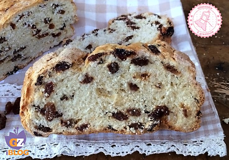 il pane della nonna è una ricetta semplicissima con crosta croccante e interno sofficissimo. Perfetto per colazione o merenda. Golosissimo.