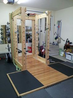 I don't even know what to say about this squat rack... neat? crazy? DIY Squat rack for the win