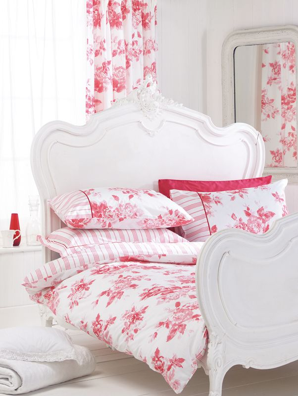 557 Best Images About Pink Decor On Pinterest Hot Pink Pink Bed And Toile
