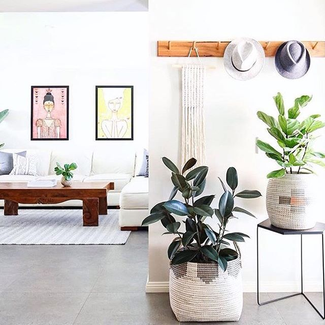 I love this light & airy space and the @nataliebrineyartist art prints make for a gorgeous focus point! // 📸 @diyshelley⠀ .⠀ .⠀ .⠀ .⠀ .⠀ .⠀ .⠀ #interior125 #mykindoflikeinspo #interior4you1 #interior2u #interior444 #homebeautiful #modern