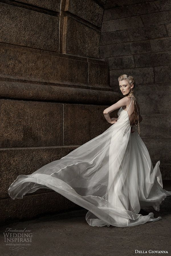 della giovanna wedding dress 2015 bridal sleevless silk organza pleated trapeze gown model alexandria back