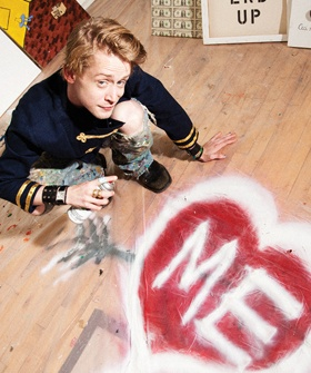 Step Into Macaulay Culkin's Terrifyingly '90s Hipster Apartment // is this really the kid who starred in 90s films like Home Alone and Uncle Buck?