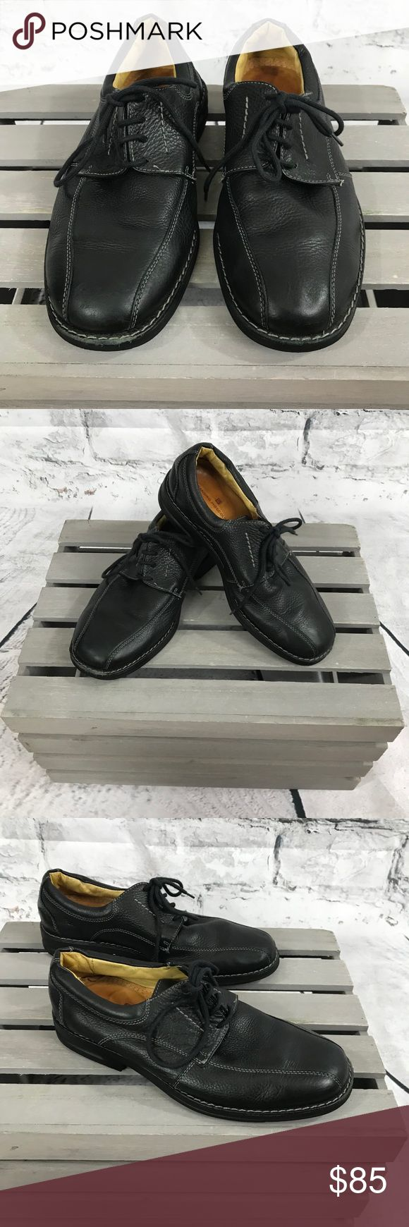 MENS Sandro Moscololoni black lace up oxford MENS Sandro Moscololoni black lace up oxford  High quality leather shoe  Flexibility Technology sole  Size: 8 medium  Condition: preloved in good condition   Thank you for checking out our closet Please feel free to bundle and save Sandro Moscoloni Shoes Loafers & Slip-Ons