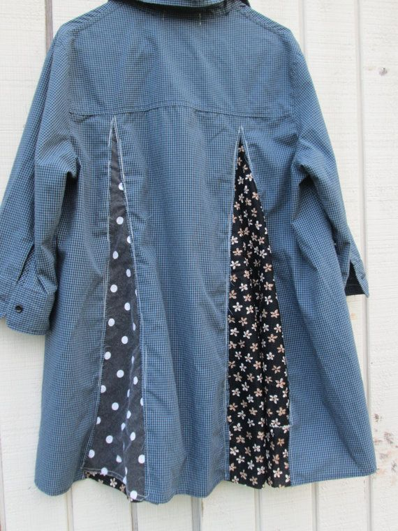 upcycled blue and polkadot Tunic / romantic Upcycled by CreoleSha - back