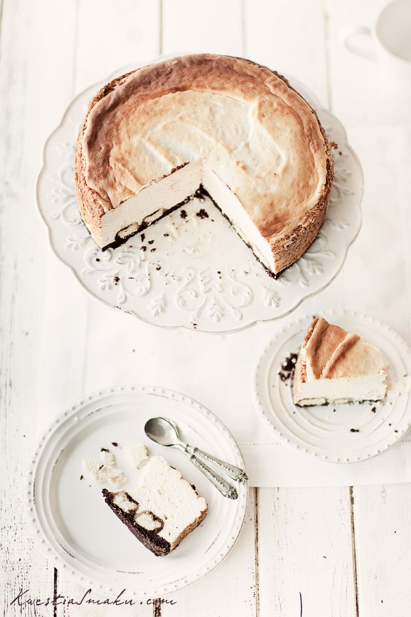 Amaretto cheescake recipe in Polish. You are going to need the translator for this one and the metric scale, but it looks divine~