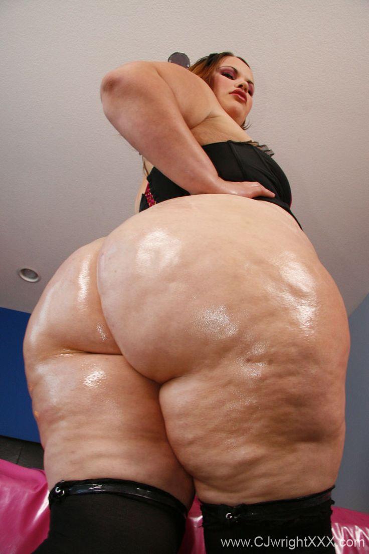 Huge donk mature