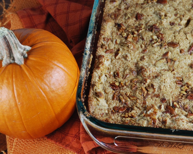 Pumpkin Crunch Cake: Dump Cakes, Pumpkin Desert, Pumpkin Cakes, Fall Food, Fall Thanksgiving, Pumpkin Crunch Cake, Pumpkin Dessert, Fall Desserts, Pumpkin Crunches Cakes