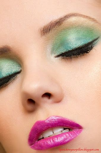 This is so pretty! I love how a soft aqua color was used with a mint for the lid and crease, with maybe a pale beige at the upper crease & creamy highlight. The lips are fantastic and fuchsia.