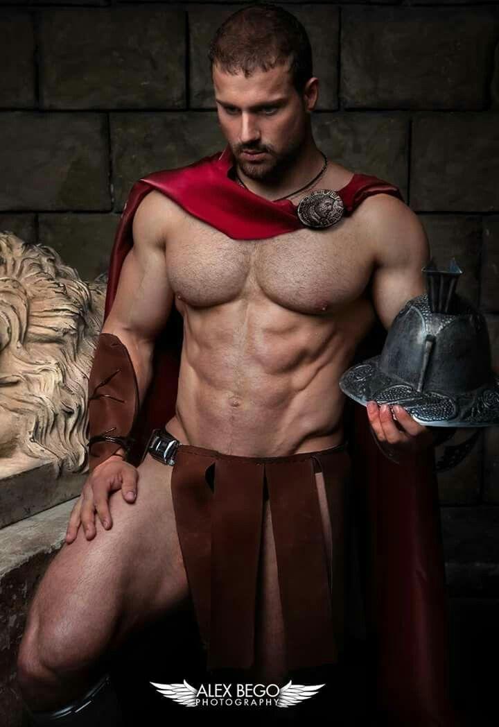 Naked greek gladiators — img 3
